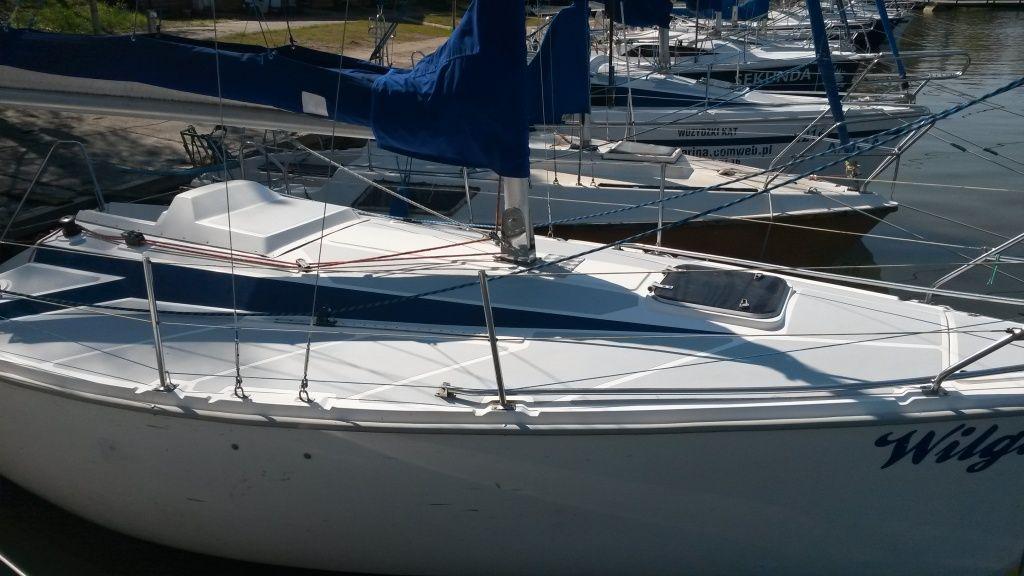 TANGO SPORT 780 popular sailing yacht