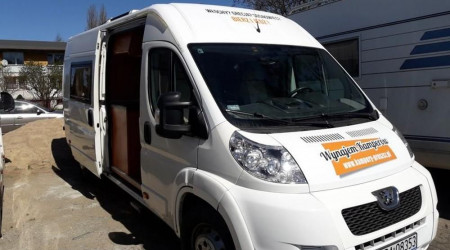 Peugeot Boxer 2.2 HDi with full equipment