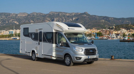 Benimar Sport 363 winter version with an alcove