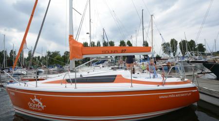 Spacious sailing yacht Solina 27