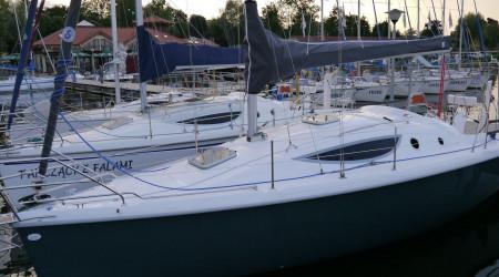 Extraordinary sailing yacht Maxus 33.1 ++
