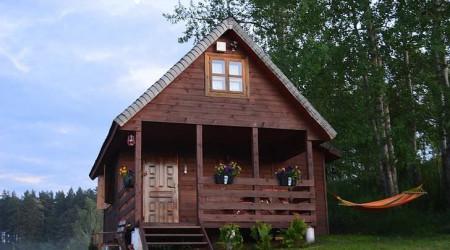 Little house in Uroczysko Jeleń