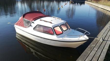 Motorboat Młodszy Brat