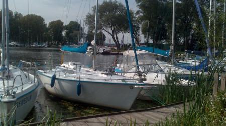 Sailboat Tango 730