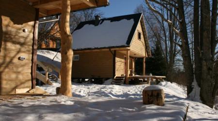 Ursa Cottage by Leszczynowy Stok
