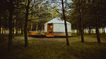 4rest Camp Yurt with tub 4
