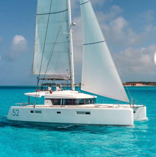 Catamaran Lagoon 52 - Cala Luna - air conditioned -