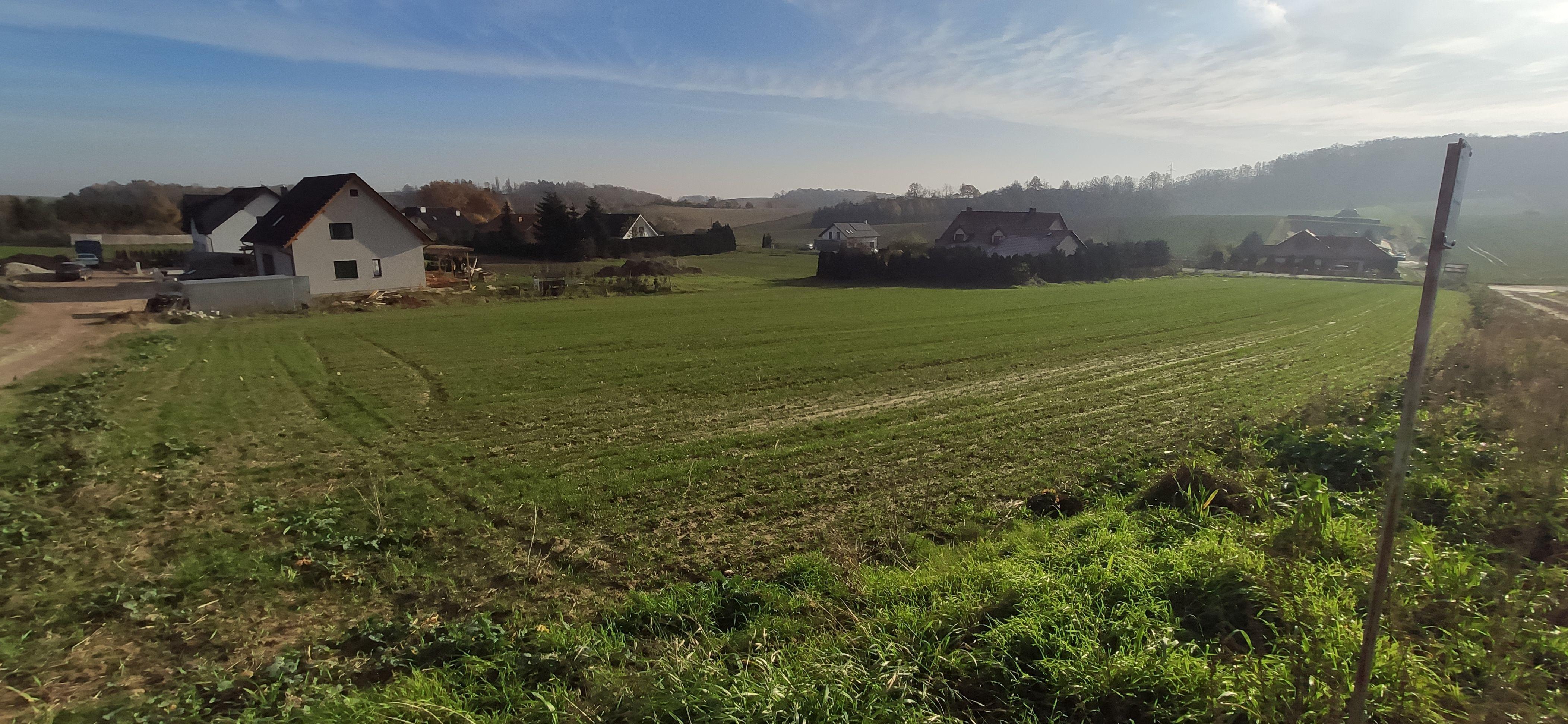 Parcela w starej wsi, blisko wzgórz trzebnickich i natury
