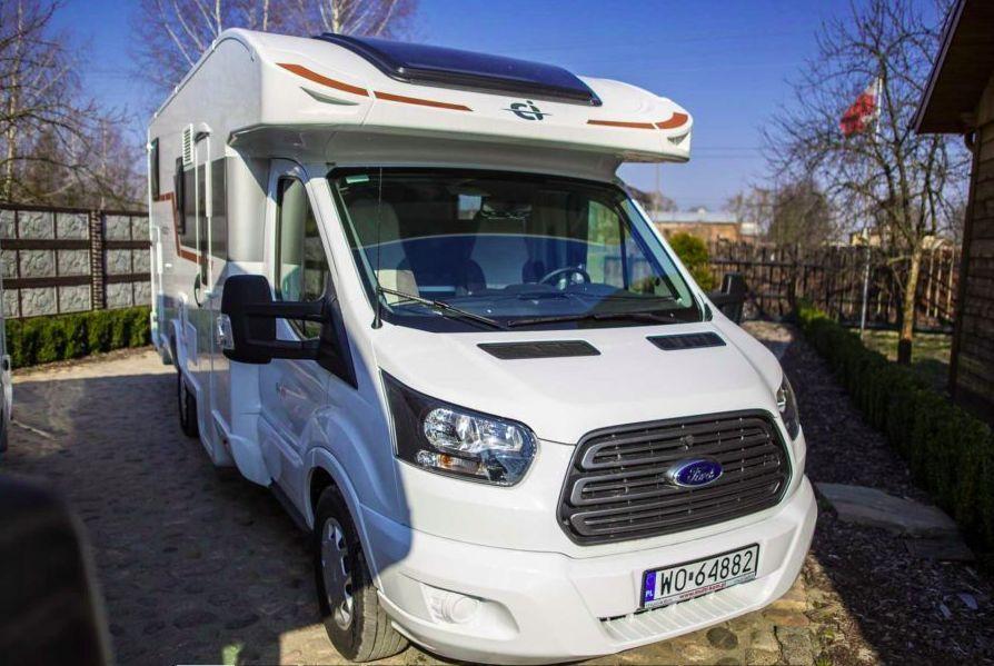 Ford Caravanas International HORON 84 XT